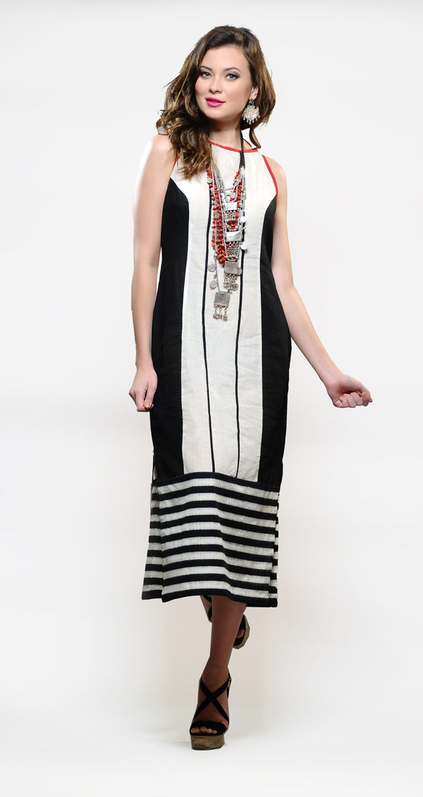 Black-and-white-stripes---Rs.5,200