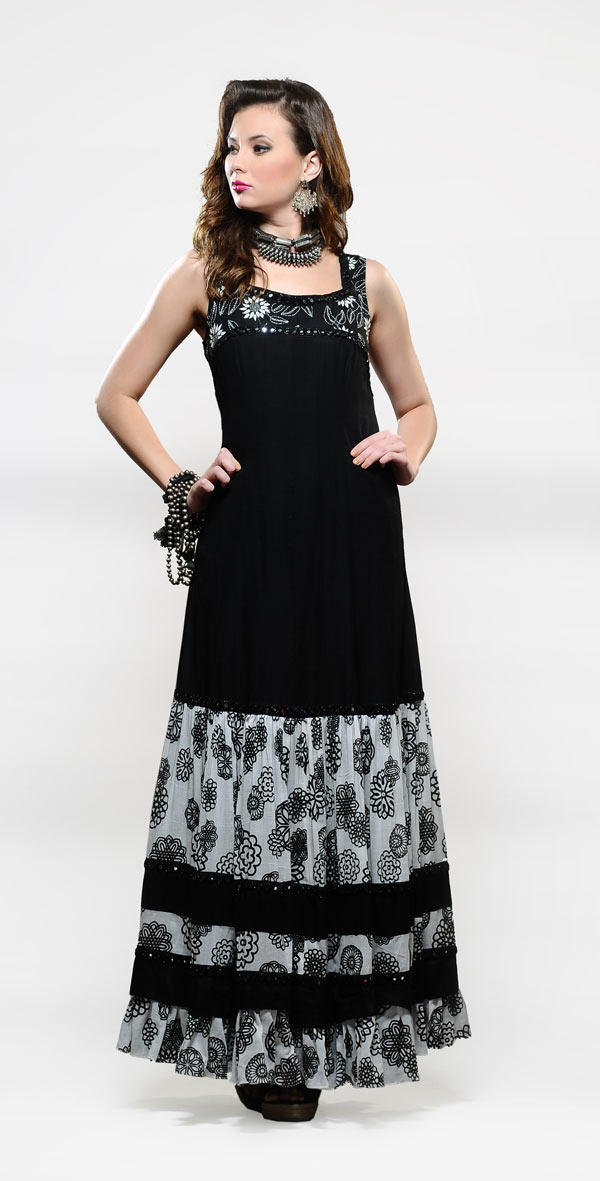 Black-flare-gown---Rs.-12,500