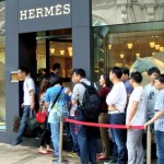 chinese-tourists-hermes-niuyue-mag_Fotor