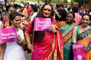 Transgenders-recognised-as-third-min