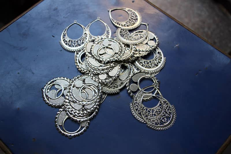 silver-metal-trims-available-at-taj-beads-handicraft-turkman-gate