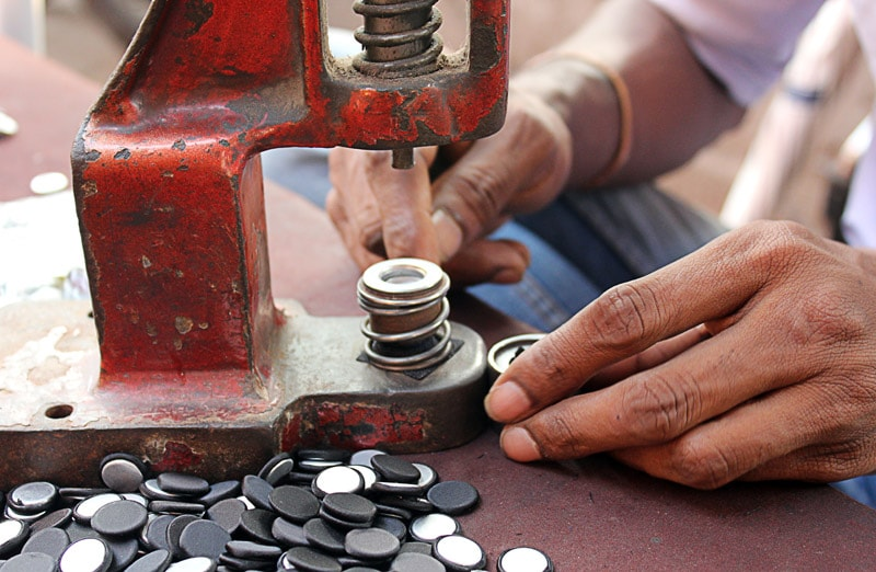 witness-the-ingenious-process-of-button-manufacturing
