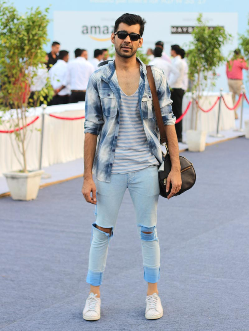 style-quotient-ripped-denim-paired-with-checks-stripes